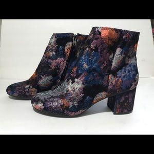 Zigi Soho Nydia Ankle Booties